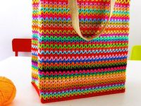 Crochet Pattern For Bingo Bag : 1000+ images about Crochet Bags on Pinterest Bingo bag ...