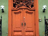 Beautiful Doors-- Open up!