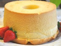 A chiffon cake is a very light cake made with vegetable oil, eggs, sugar, flour, baking powder, and flavorings. It is a combination of both batter and foam type cakes.Instead of the traditional cake ingredient butter, vegetable oil is used; but this is difficult to beat enough air into.Therefore chiffon cakes achieve a fluffy texture by beating egg whites until stiff and folding them into the cake batter before baking.