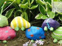 Decorative garden rocks and doo-dad's