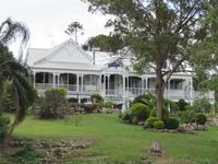 Queenslander style