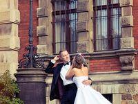 Nice Shots Wedding Photos around you!