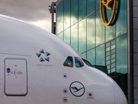 die 24 besten ideen zu lufthansa pilot lufthansa pilot flugzeug