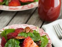 weekly recipes for our CSA members to try with their share items!