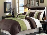 Green+brown bedroom