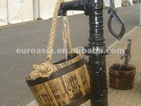 Hand Antique Pumps