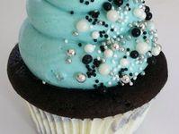 Cake/cupcake decorations
