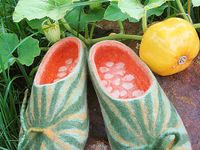 154 Best Felted <b>Shoes</b> and Boots images in 2016 | Felt <b>slippers</b> ...