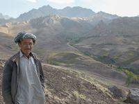 relationship between pashtun and hazara