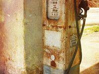 Bensin, mackar m.m./Petrol, gas stations .