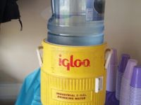 Instant Water Cooler 5 Gallon Jug Of Water Igloo Cooler Filled With Ice Ready For A Party Gallon Water Bottle Igloo Cooler Gallon Water Jug
