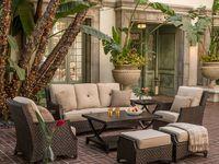 Terrace / Courtyard /Balcony