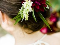 Fashion forward hair flowers to admire and inspire