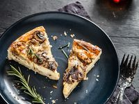 ... about Tarts and pies on Pinterest | Mushroom Pie, Tarts and Summer Pie