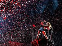 Taylor Swift - Lover (Vertical Video) [Video] | Taylor swift videos, Taylor swift facts, Taylor swift music