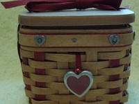 Baskets & pottery