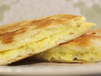 Quesadillas on Pinterest | Breakfast Quesadilla, Quesadillas and Eggs ...