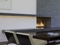Viewing room / Fireplace