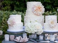 Stunningly beautiful cakes for weddings or fancy parties.