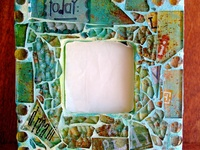 Love, Love, Love Mosaics.  An art form that has survived since ancient history.  I love the beauty of combining tile or even broken dishes to make a useful and beautiful piece of art.  Some of these pins are absolutely breathtaking. Tutorials and inspiration.