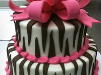 Cakes, Cupcakes & Cookies for Occasions