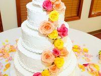 Girls love Weddings