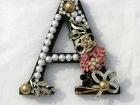 Brooches/hair accessories & jewel art
