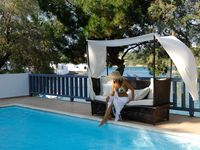 Minos Beach Pool Retreat / Enjoy a cooling dip in a choice of swimming pools at Minos Beach Art or step straight into the sea from the secluded surrounds of our quiet terraces.   http://goo.gl/uT2WHk