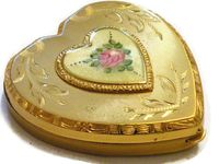 Vintage Powder Compacts and Powder Boxes