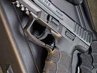 Guns (Pistols)