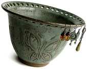 Pottery and Mosaics / Pottery inspirations and mosaic ideas.