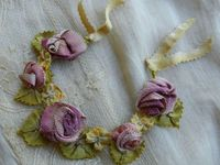 vintage ribbon roses