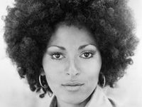 17 Best Images About Pam Grier Aka Foxy Brown Fan Club On