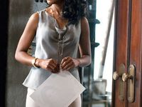 I already loved Kerry Washington because she was so classy. I love her characters style in Scandal.
