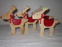 Dougie Collins home and garden (Seasonal & Events) / Dougie Collins Home & Garden is an independently owned and run business specializing in unusual handmade wooden items for home and garden, as well as vintage prints and photographs.