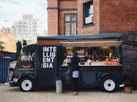 pop up and mobile stores