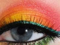 Makeup/ nails
