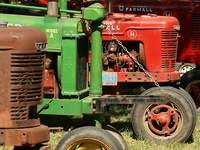 ~Love old tractors~