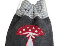 1000+ images about Manualidades con genero on Pinterest | Felt hearts ...