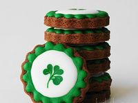 St. Patrick's day Decorated Cookies and Cake Pops