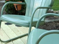 Painting metal chairs