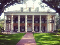 Southern Greek Revival and Colonial Revival Architecture.