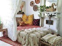 Bedroom ideas / boho/pastel