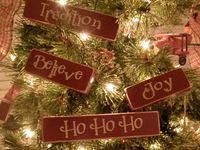 Christmas Decorating & Crafting