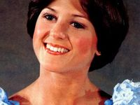 Wedges on Pinterest | Dorothy Hamill, Wedge Haircut and Haircuts