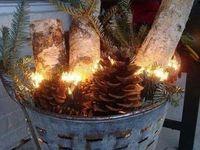 Christmas/Holiday Decorations / Holiday cheer