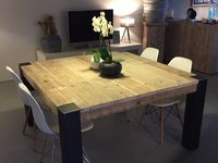 table carree bois
