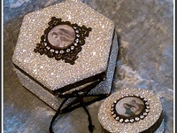 altered and vintage crafts