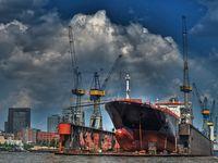 Hamburger Hafen / Elbe / Schiffe