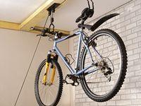 Un Rangement Velo Nous Allons Vous Aider 75 Idees Range Velo Rangement Velo Garage Porte Velo Garage